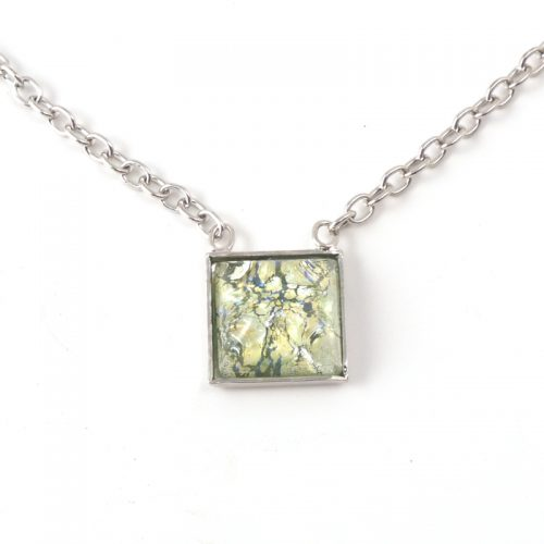 Necklace-K6111-Square-lt-green